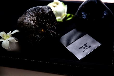 Tom Ford Anthracite Perfume Review | The Accords