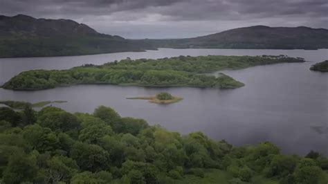'The Lake Isle of Innisfree' read by WB Yeats - YouTube