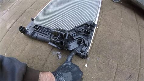 2000 BMW 318i E46 Radiator Replacement - YouTube