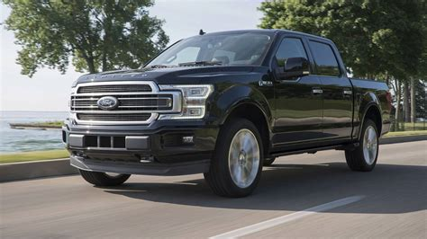 2019 Ford F-150 Limited Gets Raptor's Engine With 450
