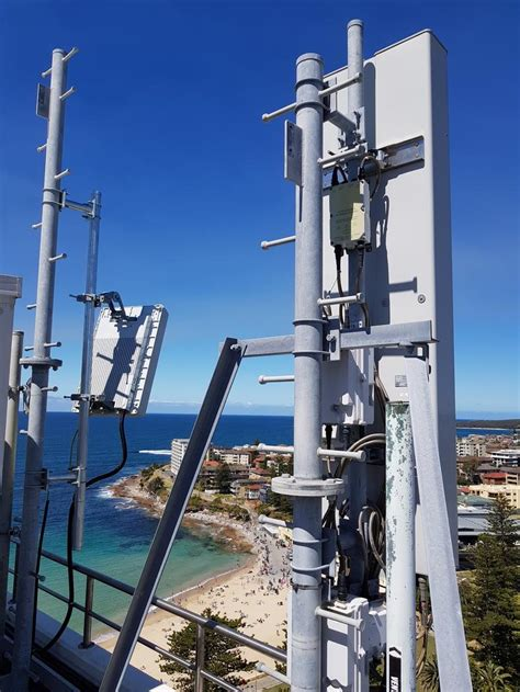 Vodafone to deploy 4G Massive MIMO in 2018   ZDNet